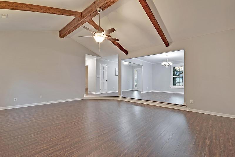 Lake Moultrie Estates Homes For Sale - 208 Lois, Moncks Corner, SC - 14