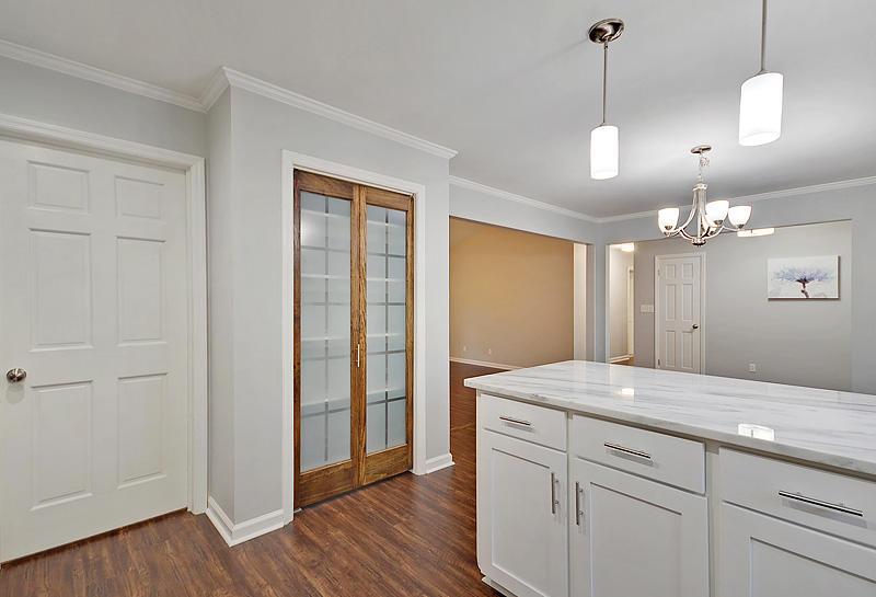 Lake Moultrie Estates Homes For Sale - 208 Lois, Moncks Corner, SC - 10