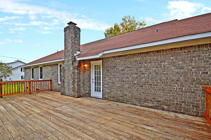 Lake Moultrie Estates Homes For Sale - 208 Lois, Moncks Corner, SC - 26