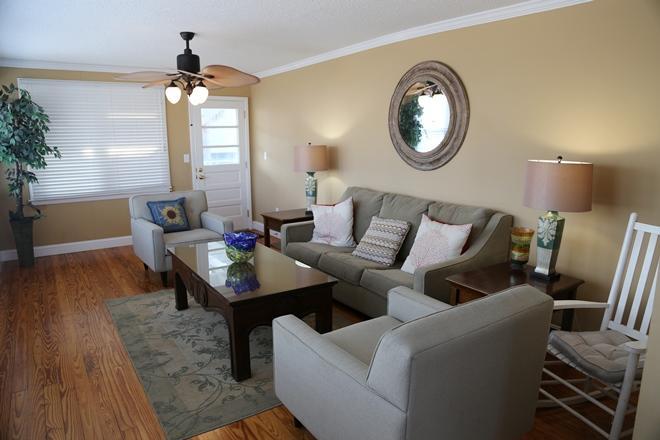 2nd Row Homes For Sale - 209 Palmetto, Edisto Beach, SC - 15