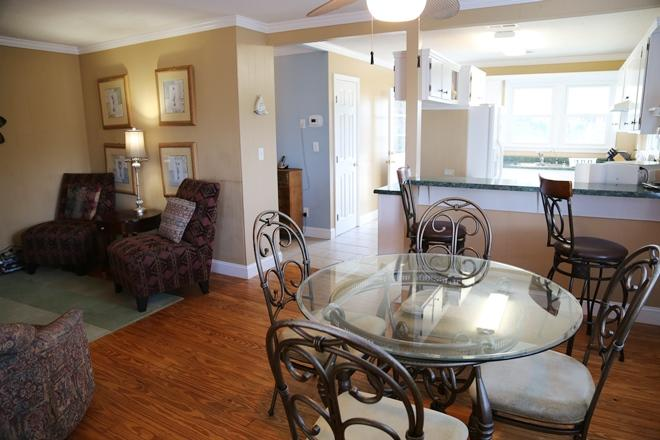2nd Row Homes For Sale - 209 Palmetto, Edisto Beach, SC - 14