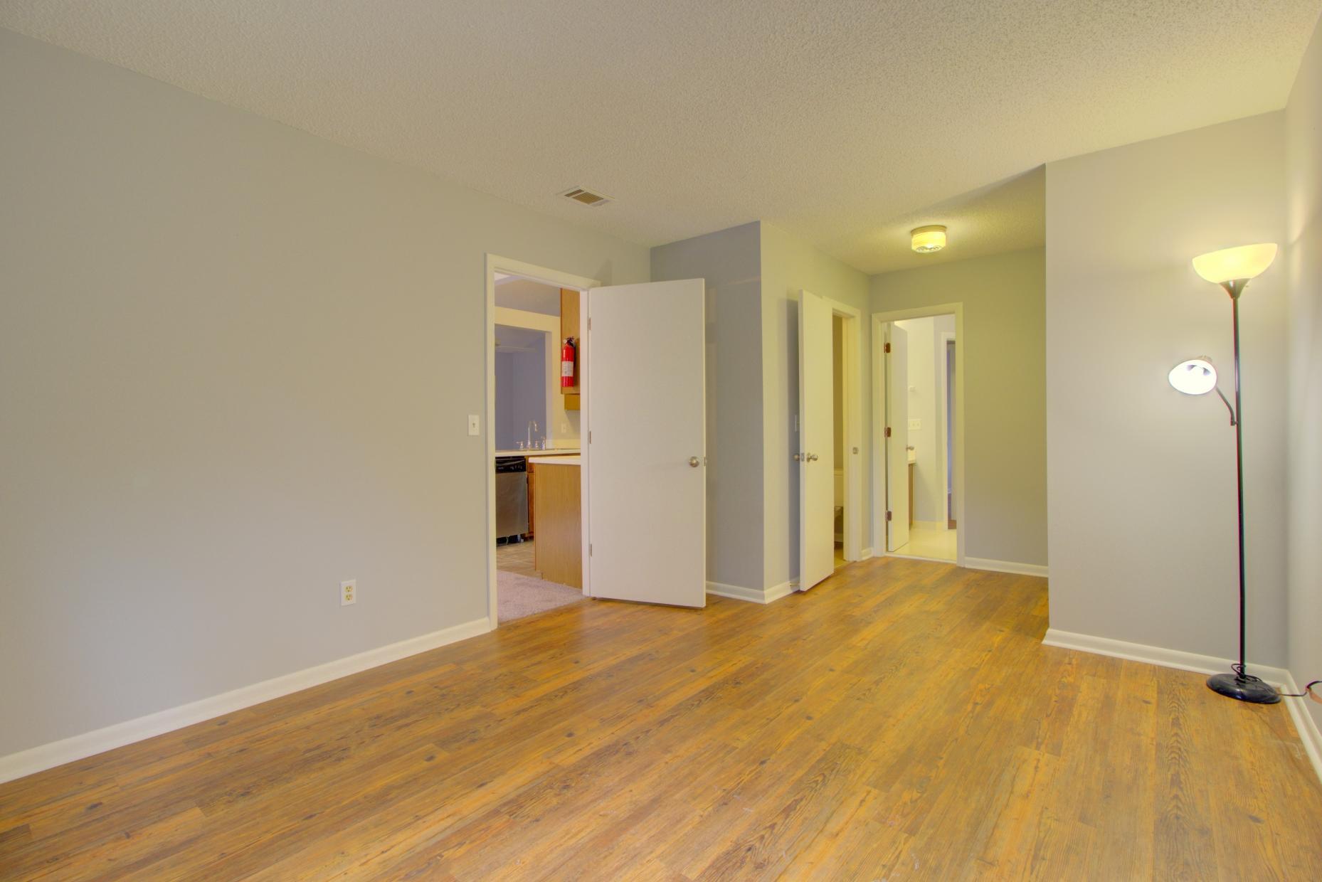 Willow Walk Homes For Sale - 1102 Oakcrest, Charleston, SC - 16