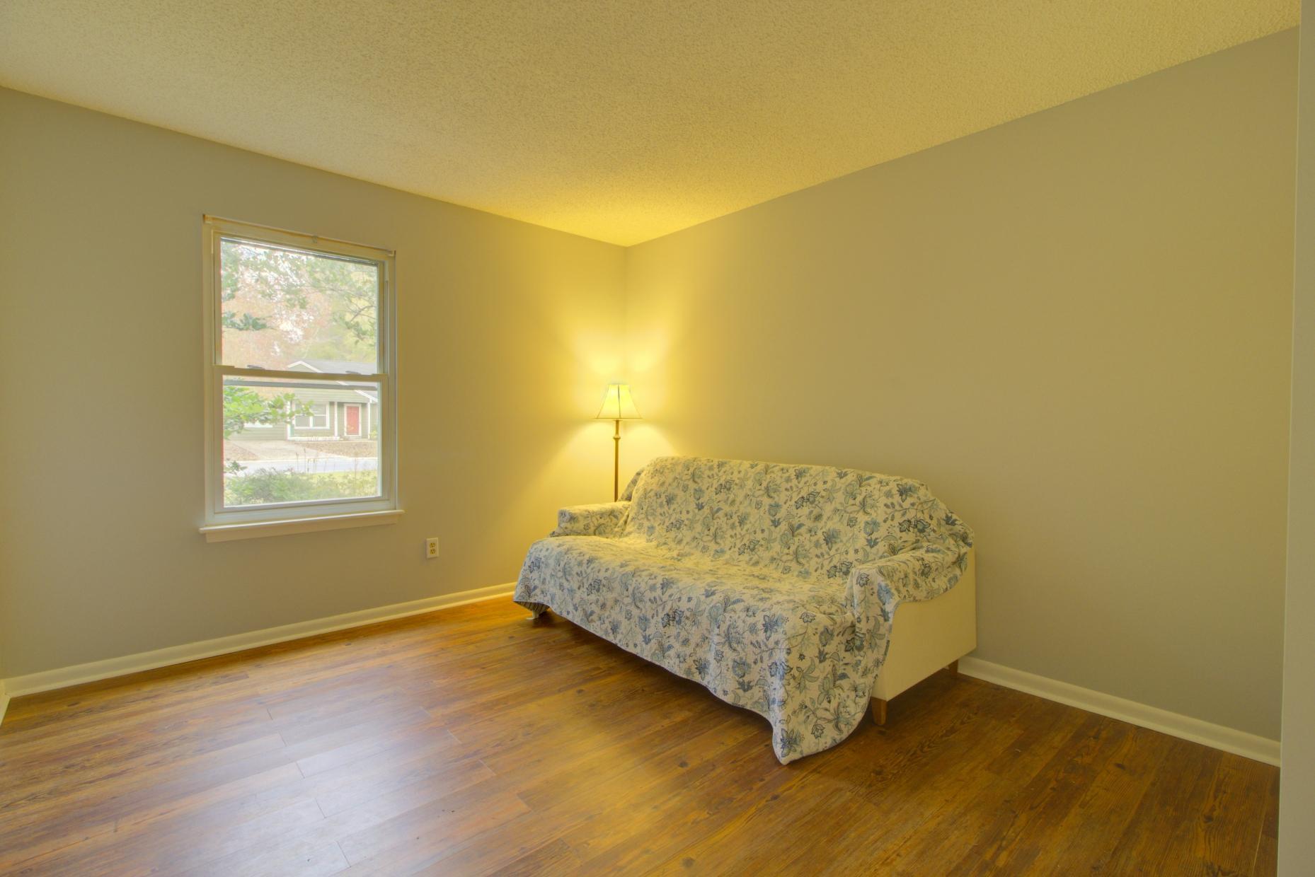 Willow Walk Homes For Sale - 1102 Oakcrest, Charleston, SC - 14