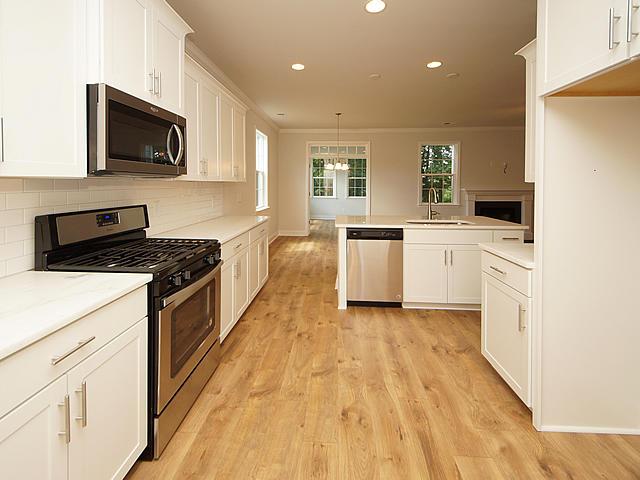 Drayton Oaks Homes For Sale - 6 Windward, Summerville, SC - 29