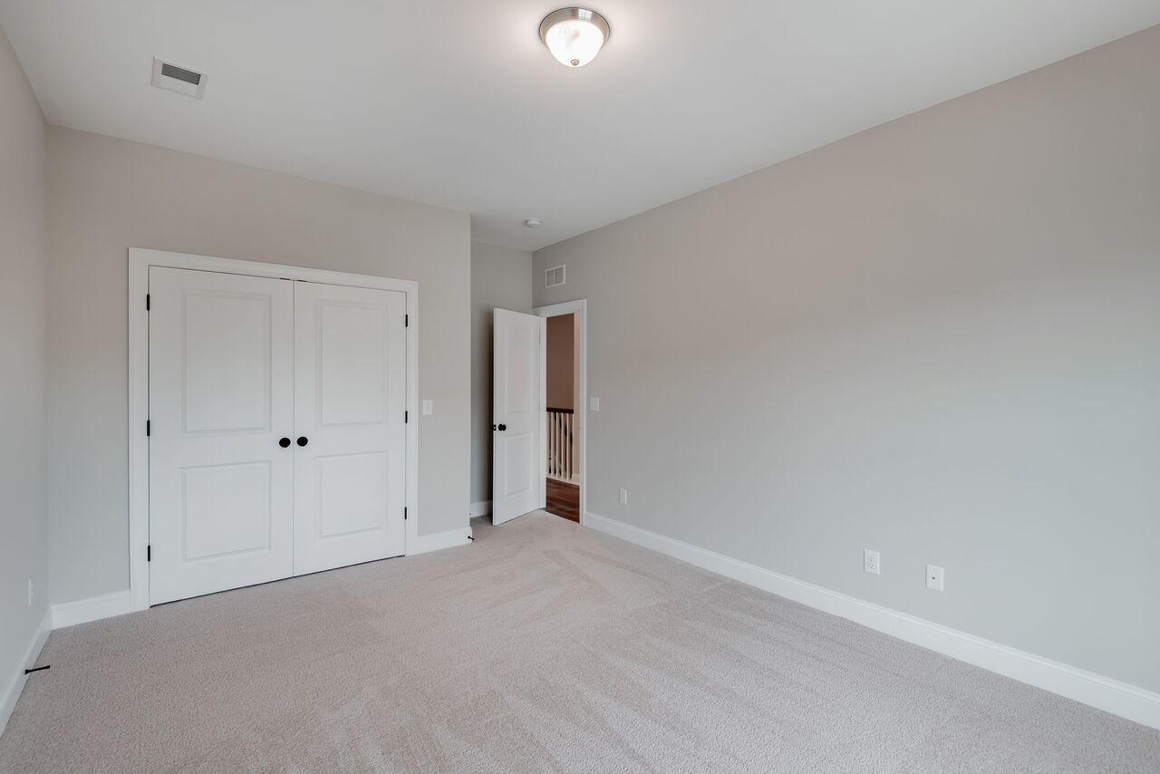 Oak Bluff Homes For Sale - 1041 Oak Bluff, Charleston, SC - 2