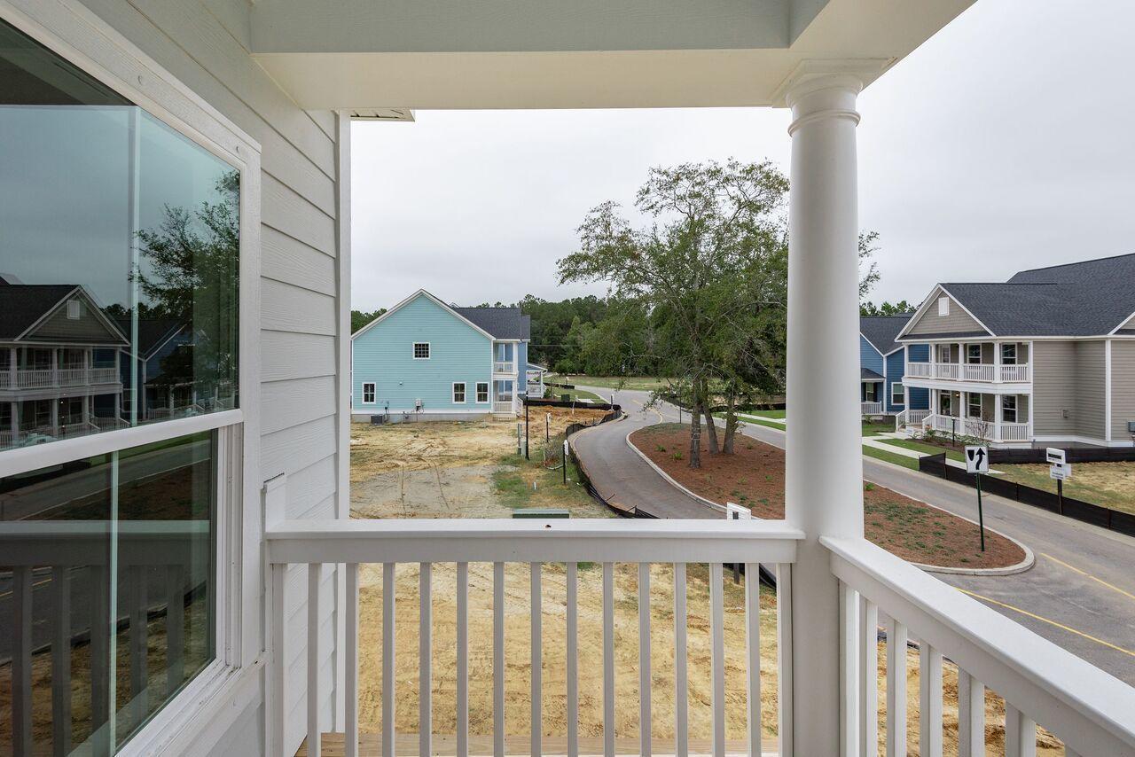 Oak Bluff Homes For Sale - 1041 Oak Bluff, Charleston, SC - 10