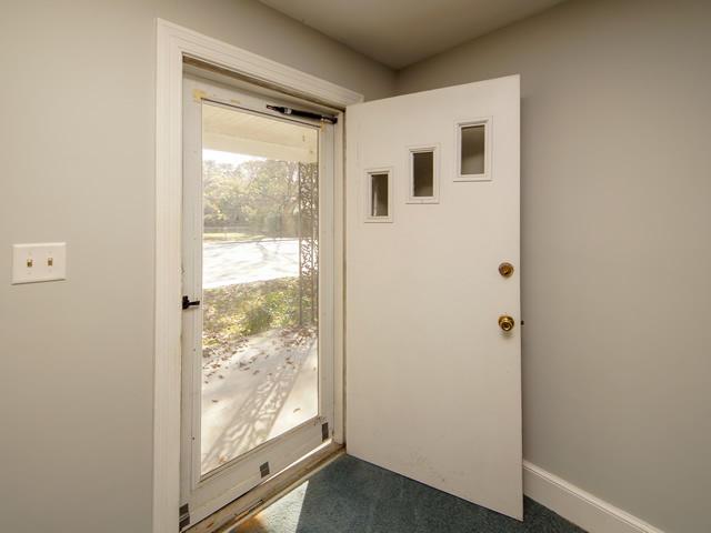 Riverland Terrace Homes For Sale - 2076 Maybank, Charleston, SC - 20