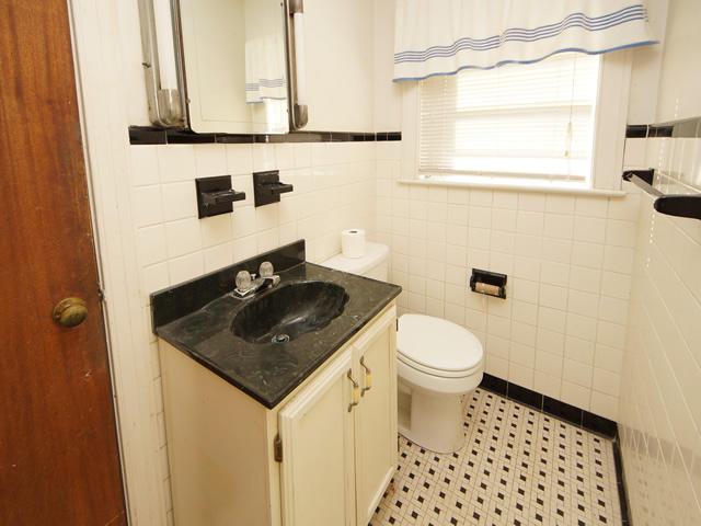 Riverland Terrace Homes For Sale - 2076 Maybank, Charleston, SC - 11