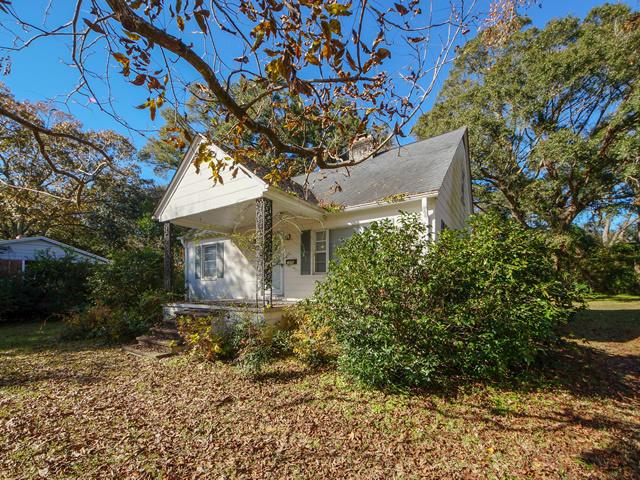 Riverland Terrace Homes For Sale - 2076 Maybank, Charleston, SC - 0