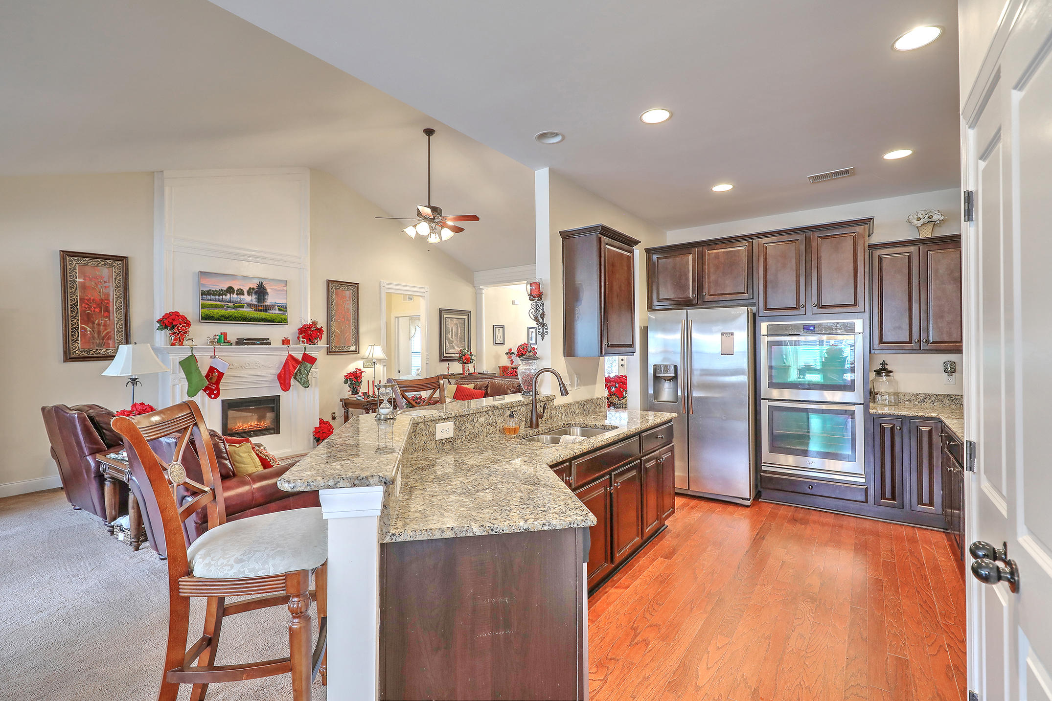 Photo of 1009 Legacy Ln, Summerville, SC 29485
