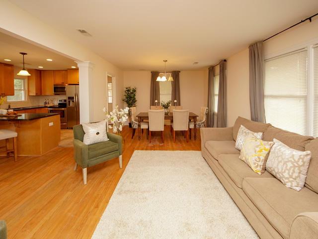 Lenevar Homes For Sale - 1258 Camelot, Charleston, SC - 3