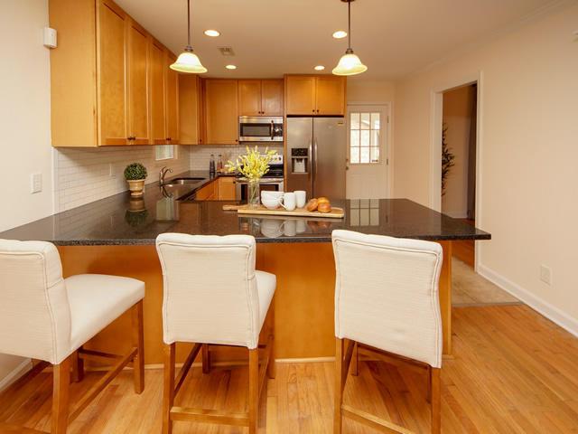 Lenevar Homes For Sale - 1258 Camelot, Charleston, SC - 21