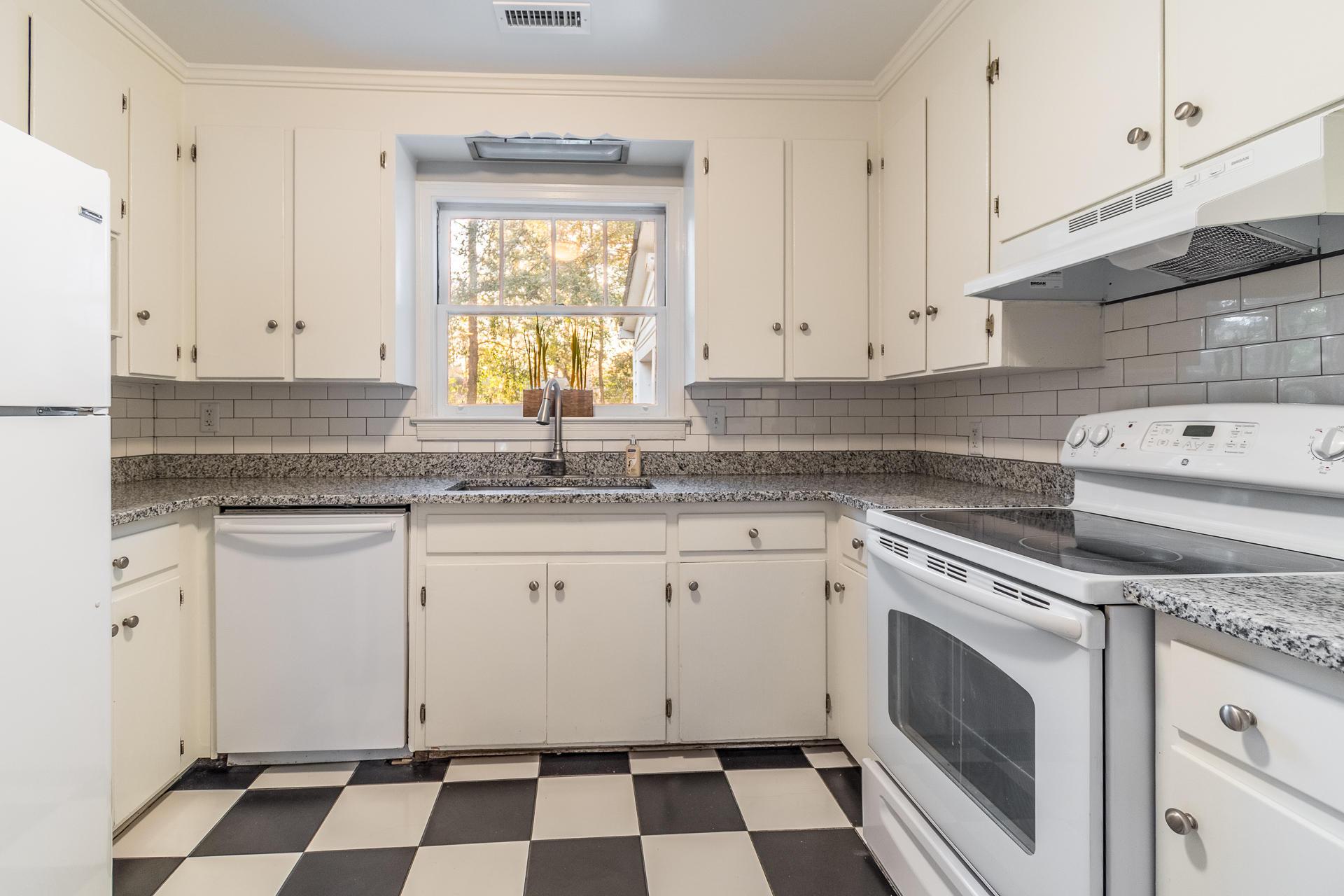 Edgewood Gardens Homes For Sale - 507 Risher, Charleston, SC - 15