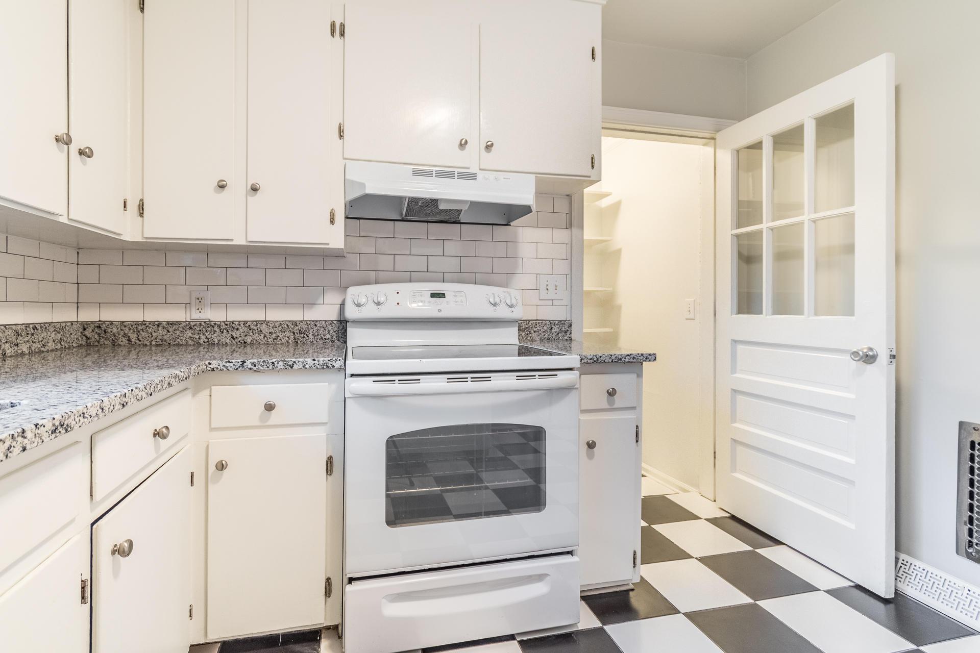 Edgewood Gardens Homes For Sale - 507 Risher, Charleston, SC - 11