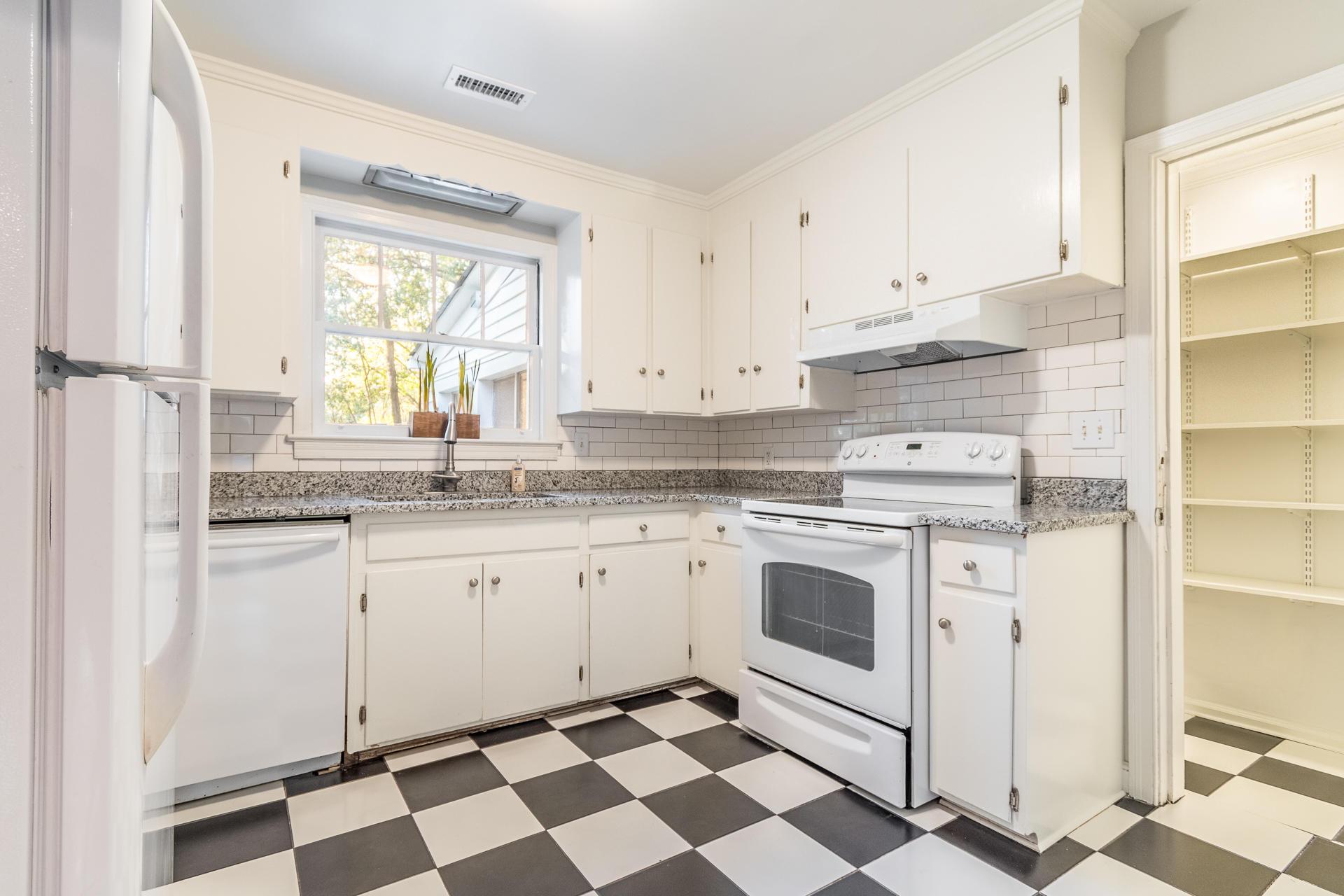 Edgewood Gardens Homes For Sale - 507 Risher, Charleston, SC - 7