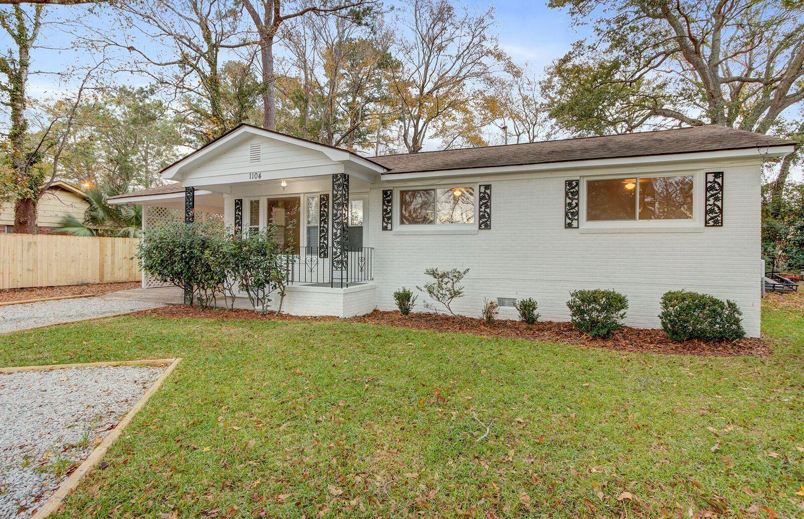 West Glow Homes For Sale - 1104 Crull, Charleston, SC - 2