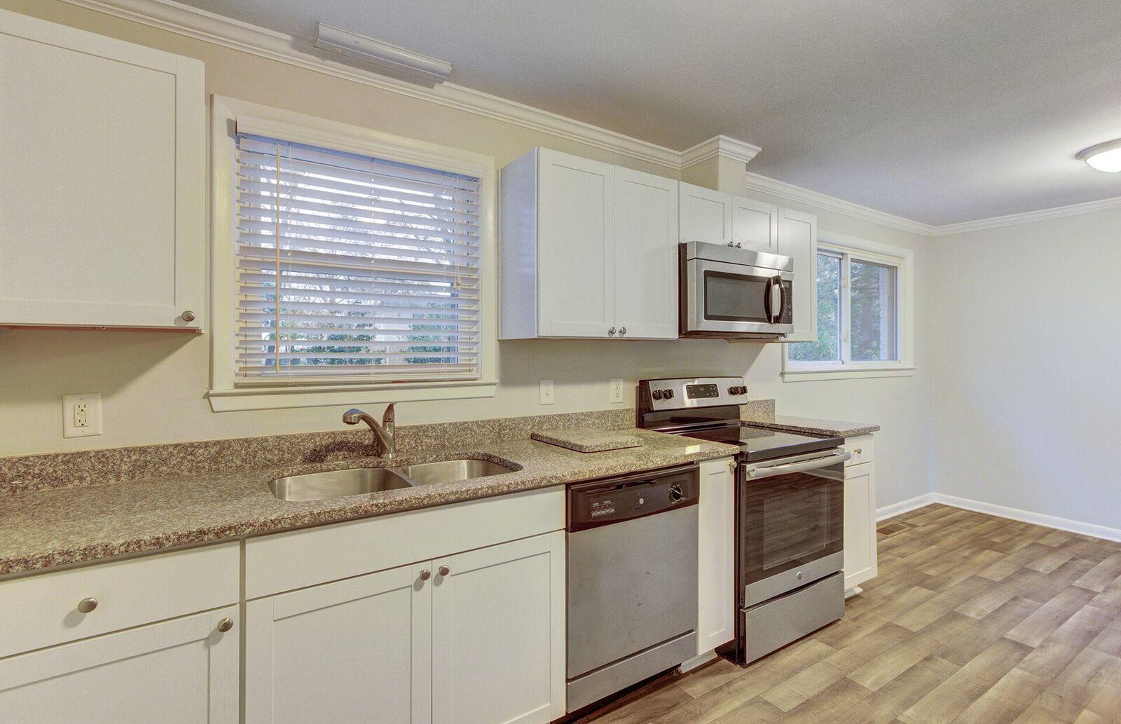 West Glow Homes For Sale - 1104 Crull, Charleston, SC - 8