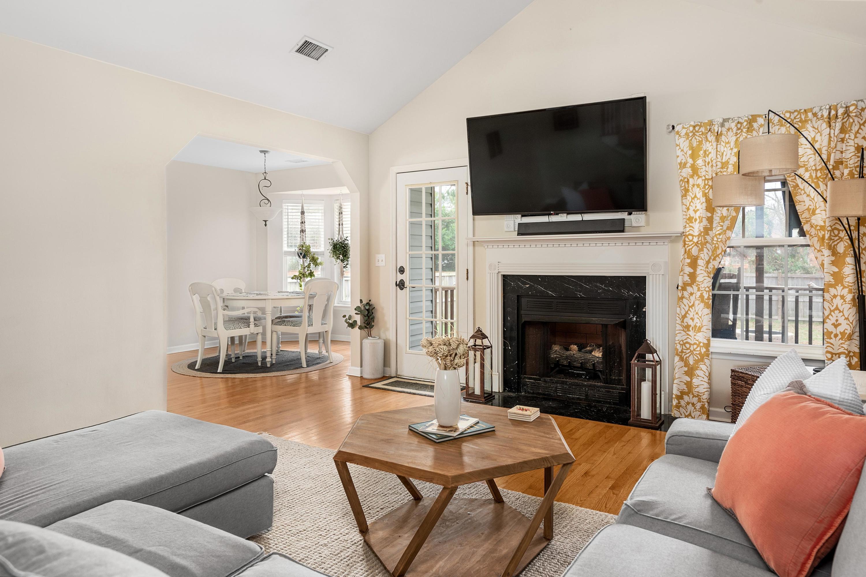 Ocean Neighbors Homes For Sale - 967 Clearspring, Charleston, SC - 4