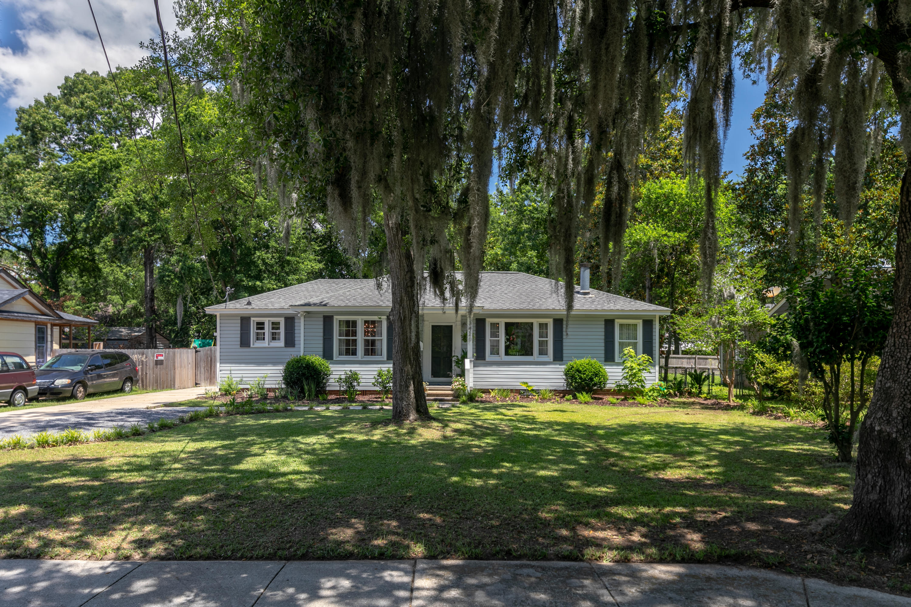 Photo of 1420 Bexley St, North Charleston, SC 29405