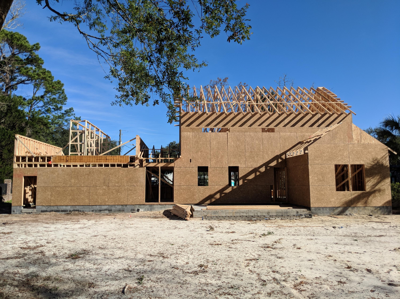 Stiles Point Plantation Homes For Sale - 939 Paul Revere, Charleston, SC - 48