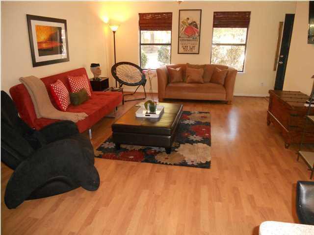 Island Bluff Homes For Sale - 886 Simpkins, Charleston, SC - 11