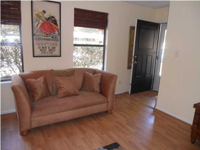 Island Bluff Homes For Sale - 886 Simpkins, Charleston, SC - 7