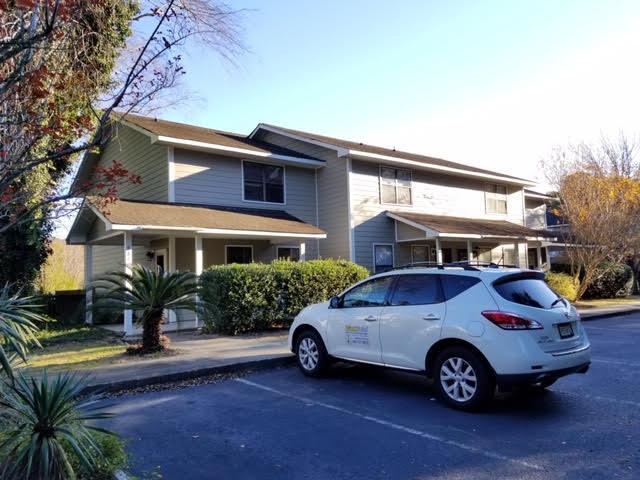 Island Bluff Homes For Sale - 886 Simpkins, Charleston, SC - 18