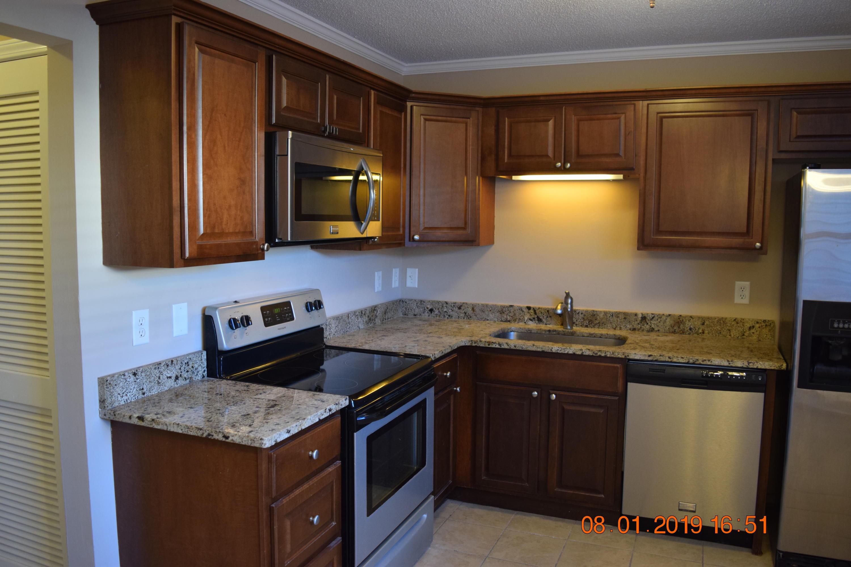 Dove Run Homes For Sale - 1416 Camp Road, Charleston, SC - 15