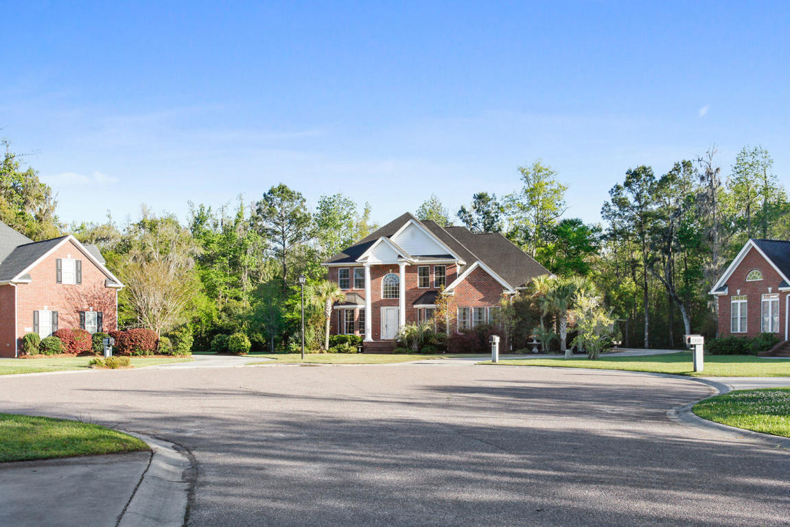 Coosaw Creek Country Club Homes For Sale - 4204 Magnolia, North Charleston, SC - 3