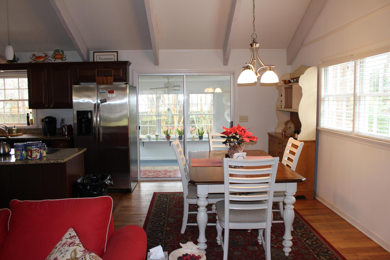 Melrose Homes For Sale - 879 Friendly, Charleston, SC - 9