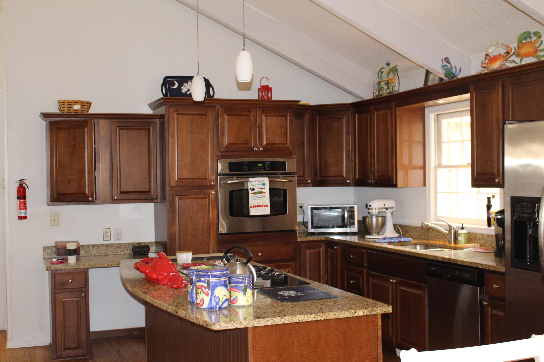 Melrose Homes For Sale - 879 Friendly, Charleston, SC - 5