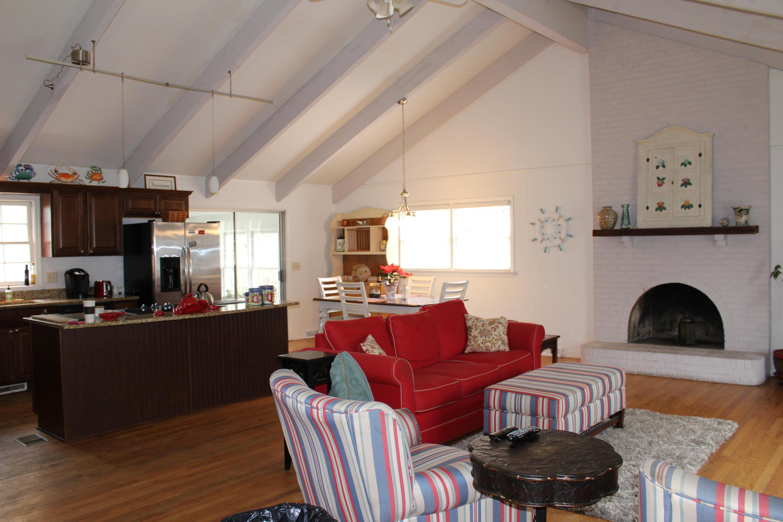 Melrose Homes For Sale - 879 Friendly, Charleston, SC - 4