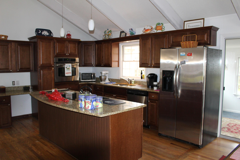 Melrose Homes For Sale - 879 Friendly, Charleston, SC - 7