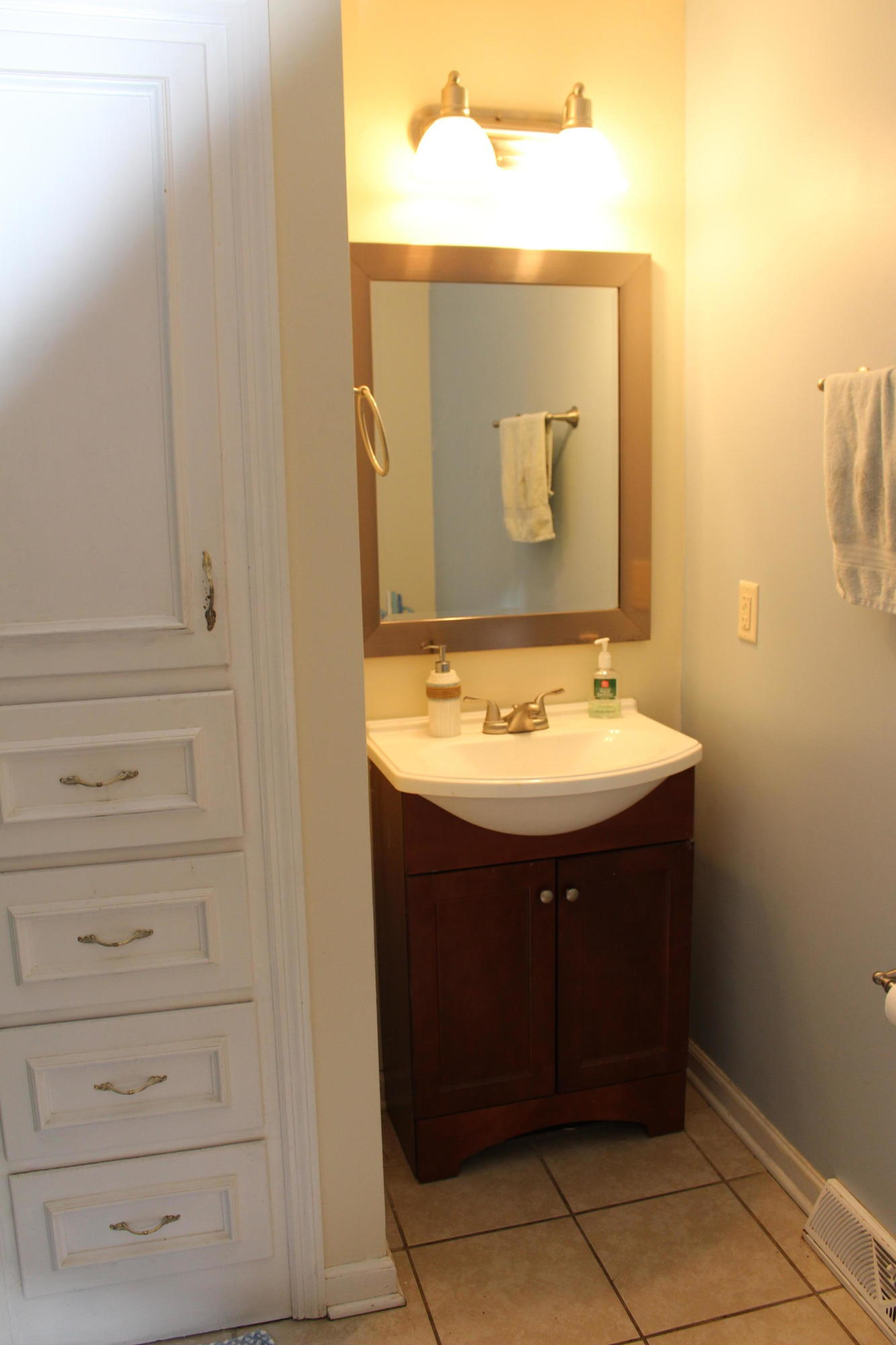 Melrose Homes For Sale - 879 Friendly, Charleston, SC - 16