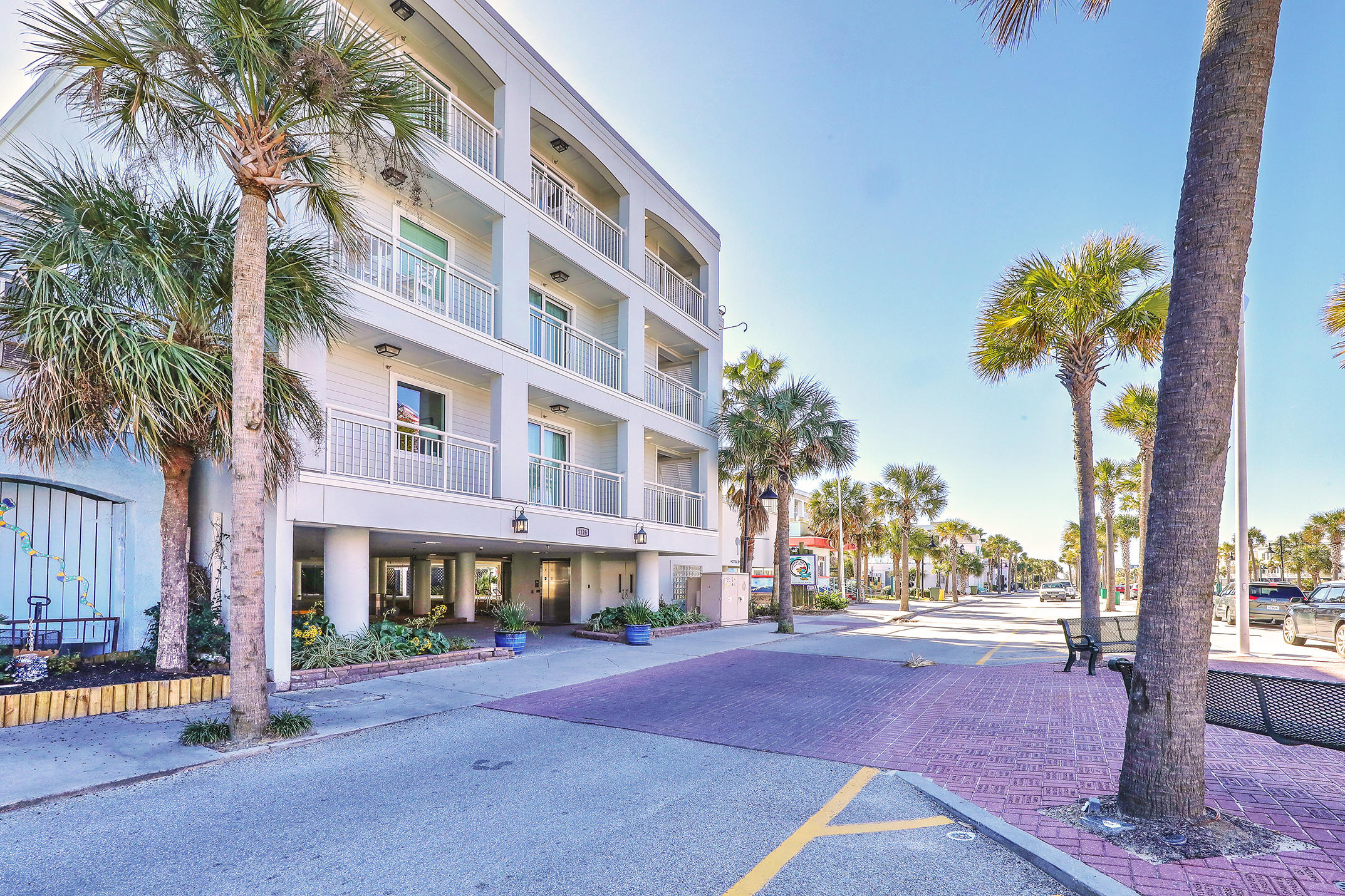The Palms Hotel Homes For Sale - 1126 Ocean, Isle of Palms, SC - 21