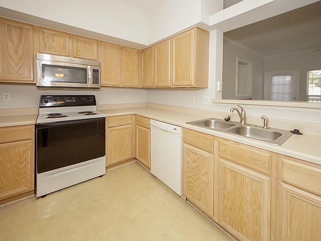 The Peninsula Condominiums Homes For Sale - 700 Daniel Ellis, Charleston, SC - 21