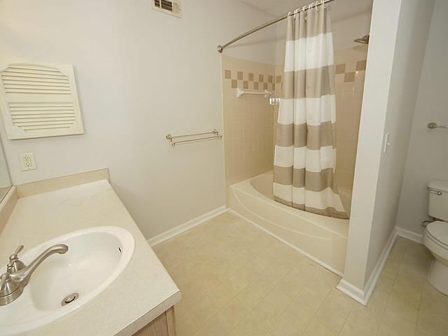 The Peninsula Condominiums Homes For Sale - 700 Daniel Ellis, Charleston, SC - 15