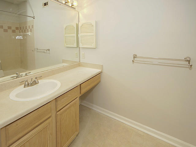 The Peninsula Condominiums Homes For Sale - 700 Daniel Ellis, Charleston, SC - 10