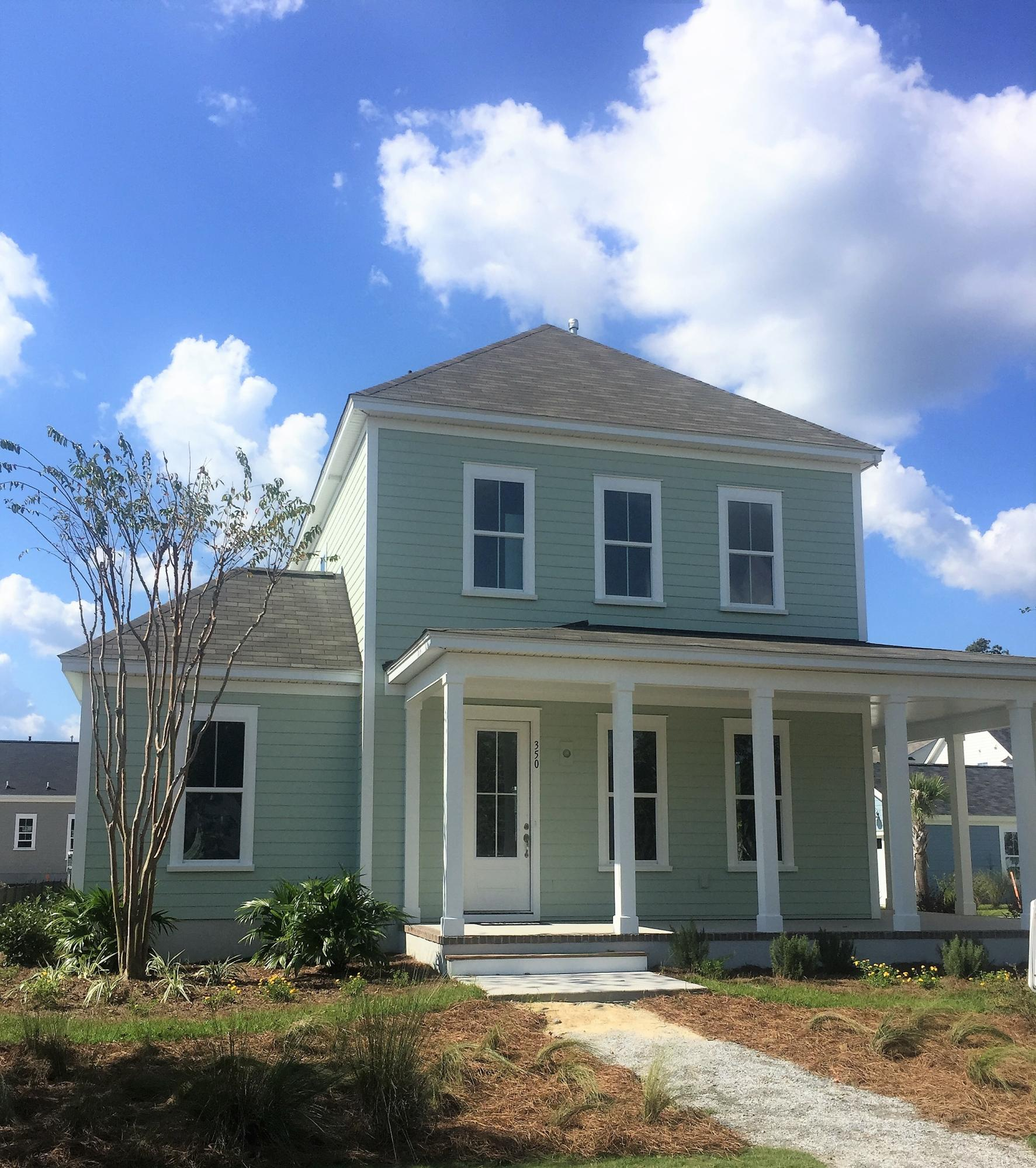 Photo of 350 Summers Dr, Summerville, SC 29485