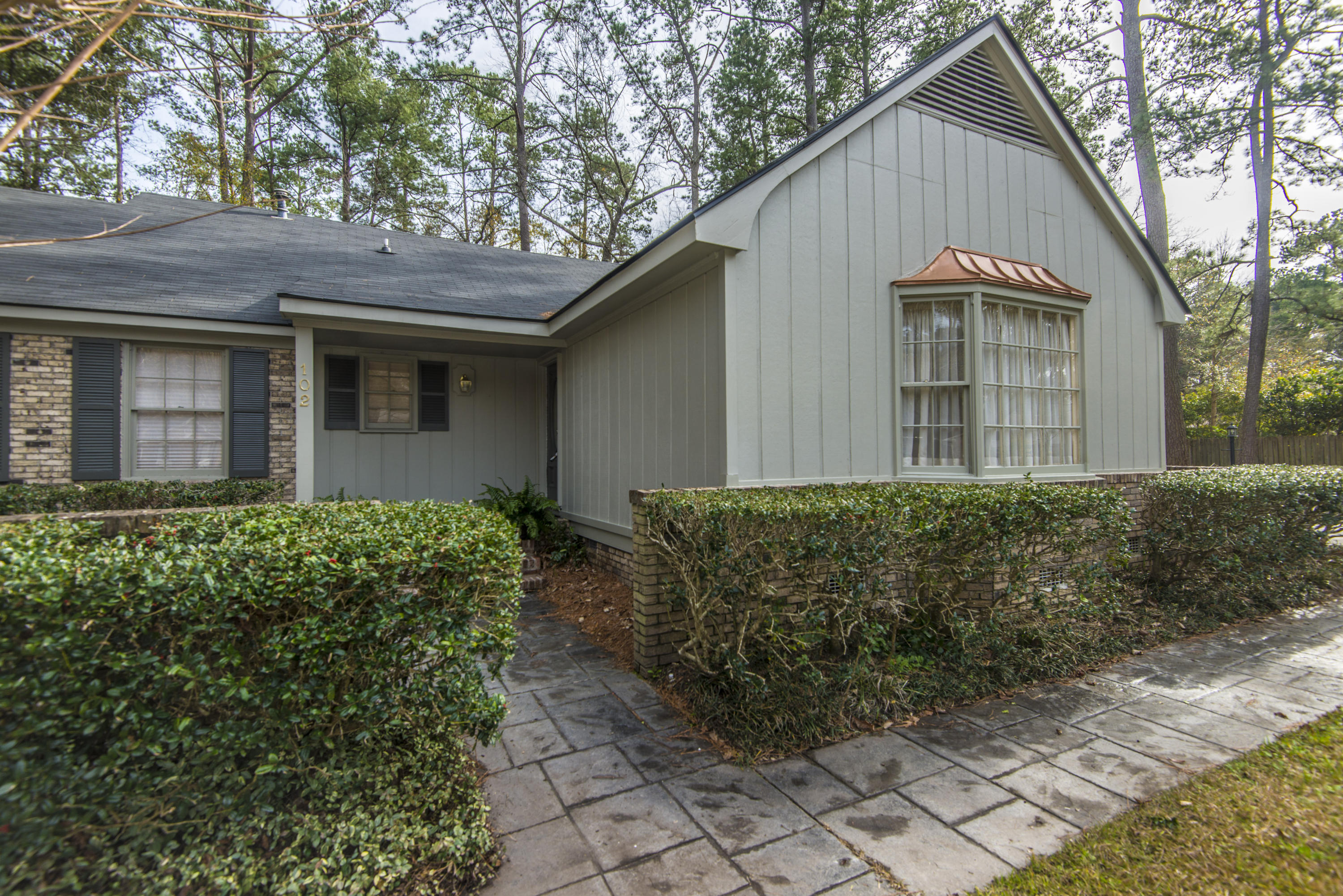 Kings Grant Homes For Sale - 102 Candlewood, Summerville, SC - 13