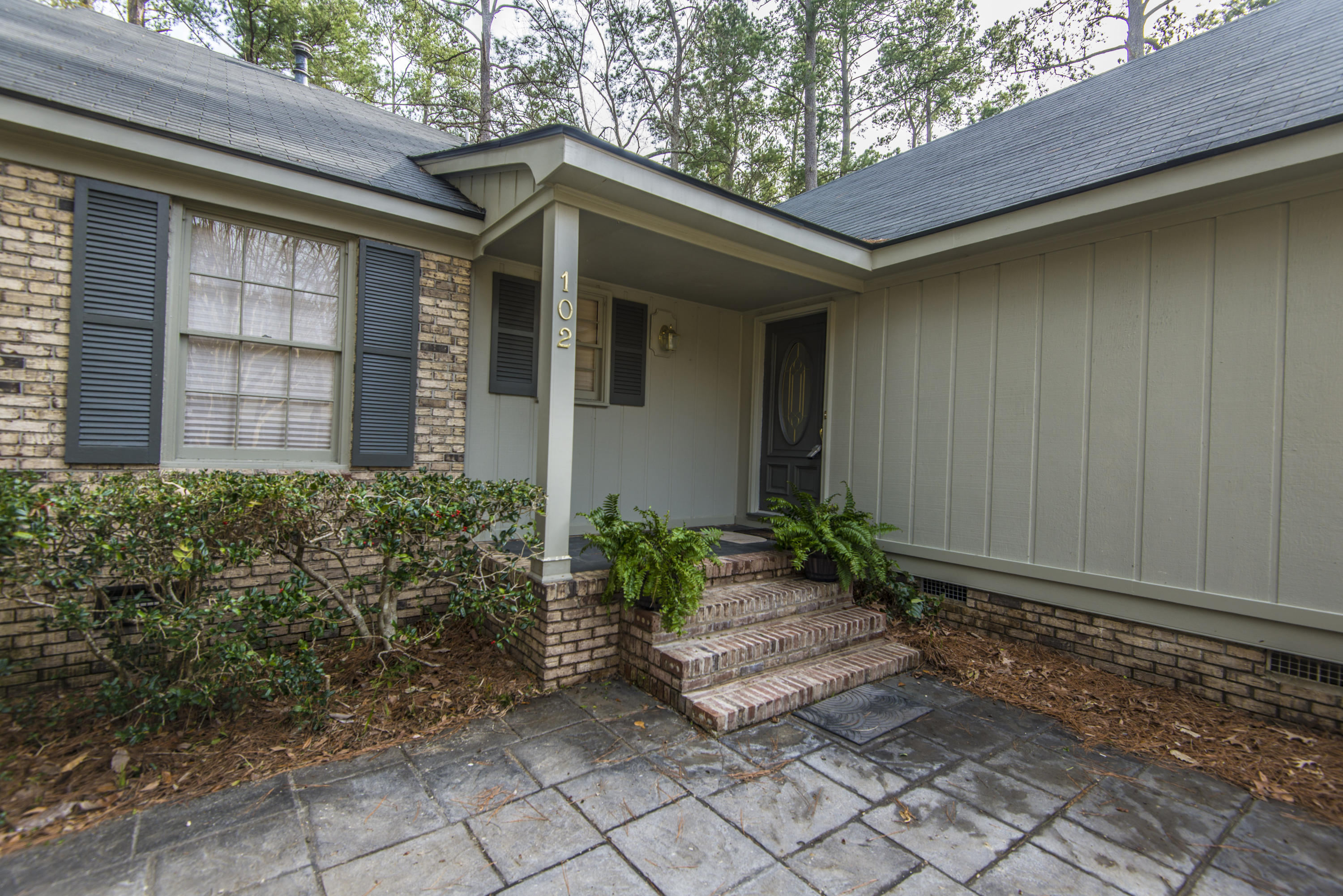 Kings Grant Homes For Sale - 102 Candlewood, Summerville, SC - 12
