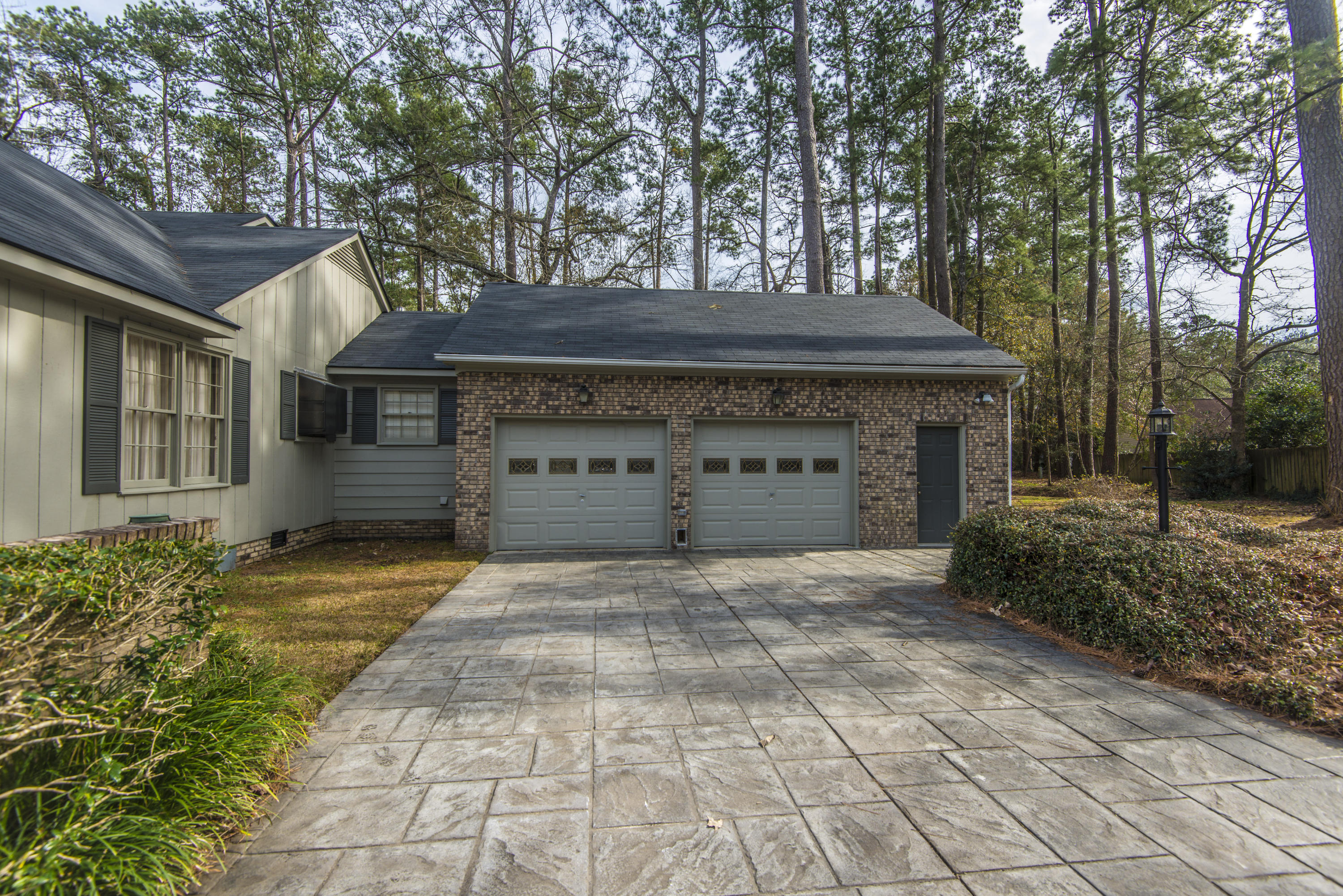 Kings Grant Homes For Sale - 102 Candlewood, Summerville, SC - 10