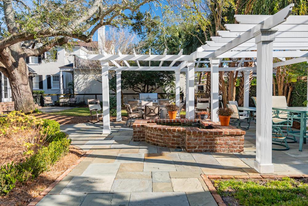 Ask Frank Real Estate Services - MLS Number: 19004297