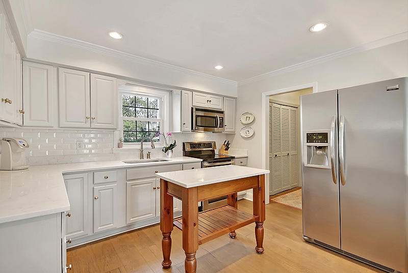 Snee Farm Homes For Sale - 921 Law, Mount Pleasant, SC - 4