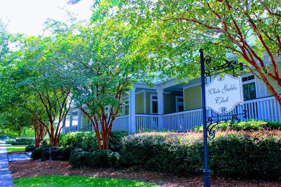 White Gables Homes For Sale - 207 Angelica, Summerville, SC - 11
