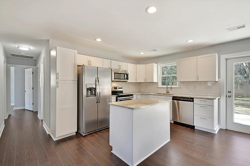 West Greenview Acres Homes For Sale - 147 Pandora, Goose Creek, SC - 5
