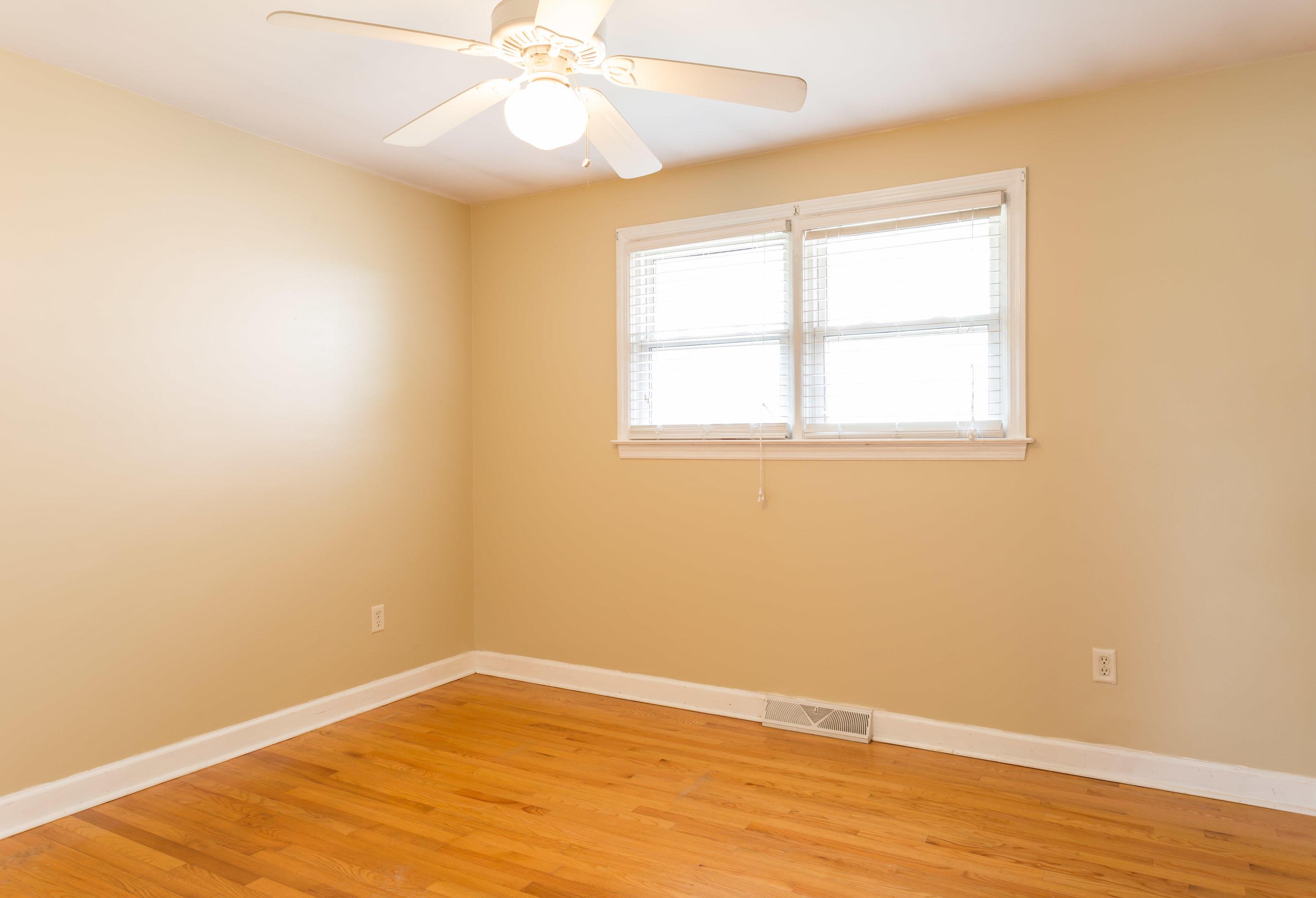 Lenevar Homes For Sale - 30 Carson, Charleston, SC - 17