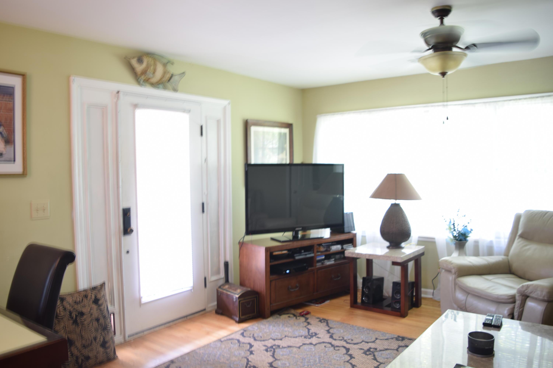 Ravenel Acres Homes For Sale - 2962 Bobo, Mount Pleasant, SC - 6