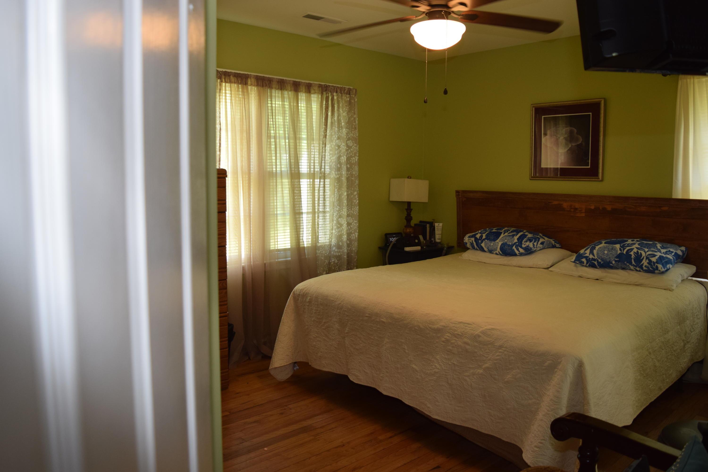 Ravenel Acres Homes For Sale - 2962 Bobo, Mount Pleasant, SC - 0