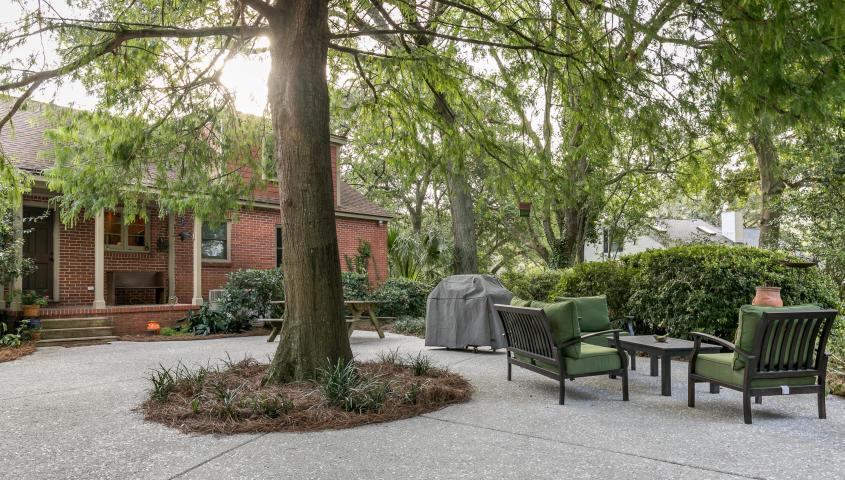Ask Frank Real Estate Services - MLS Number: 19006103